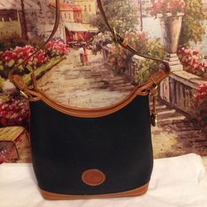 Vintage Dooney & Bourke Black Leather AW tote USA